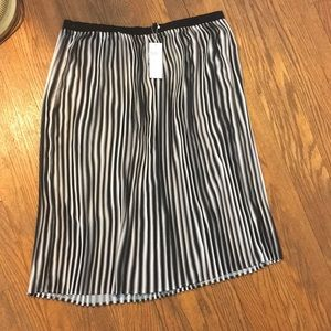 Eileen Fisher Black/White Pleated Skirt